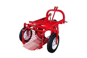 POTATO HARVESTER: PTO 3PT LINKAGE