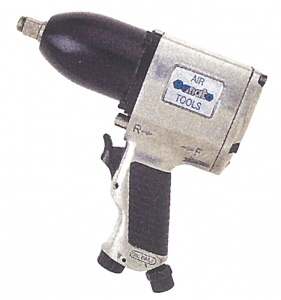IMPACT WRENCH: 3/4