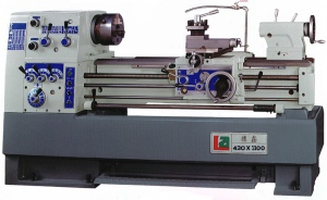 LATHE: LA-430 430 X 1100 X 58MM BORE (TAIWAN)