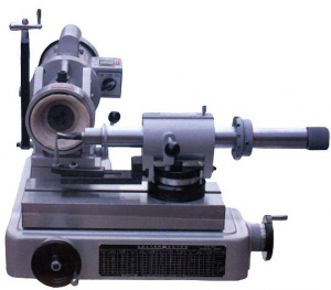 TOOL & CUTTER GRINDER: MO620