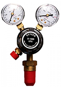 REGULATOR: OXYGEN WITH GAUGE